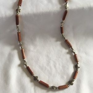 Jewelry - Copper sparkly beaded necklace with crosses